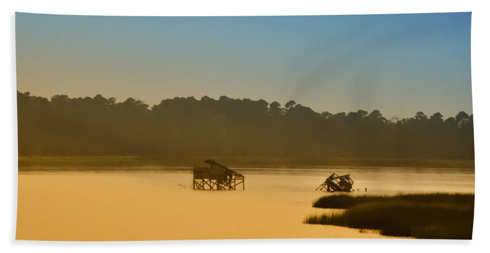 Jamestown Beach Towel featuring the photograph Morning On The Bay by Bill Cannon