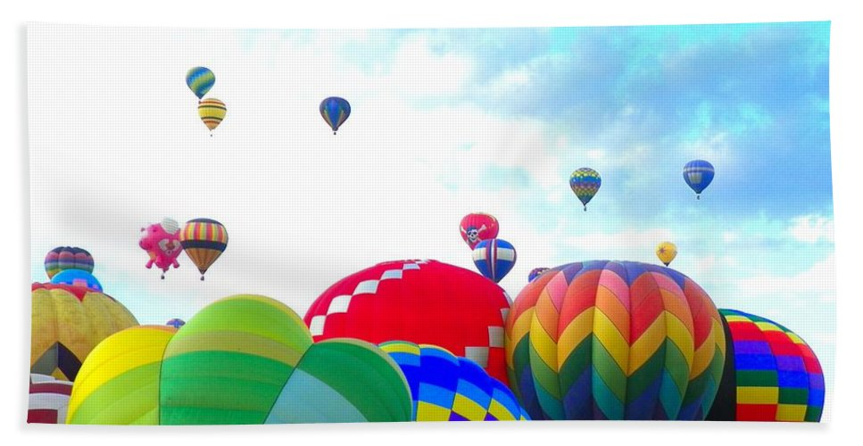 Balloon Beach Towel featuring the photograph Morning Skies by Loring Laven