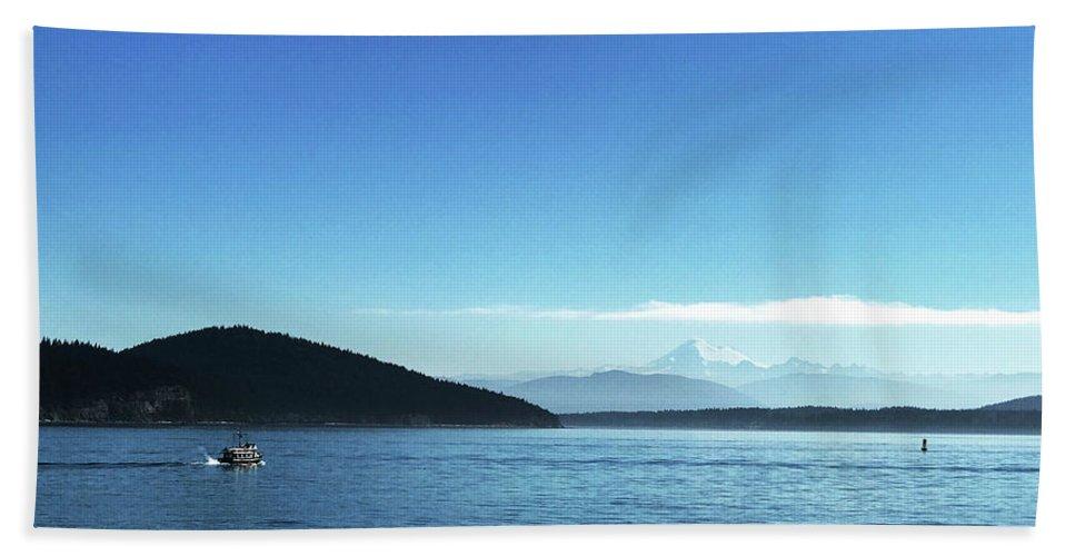 Mount Baker Beach Towel featuring the photograph Mount Baker Looms by Lorraine Devon Wilke