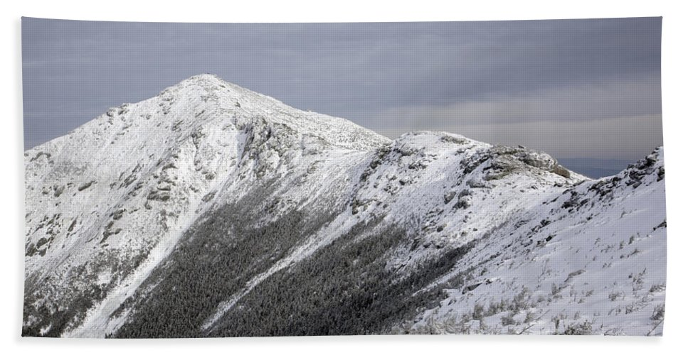 Climb Beach Towel featuring the photograph Mount Lincoln From The Appalachain Trail - White Mountains Nh Usa by Erin Paul Donovan