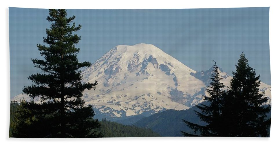 Mt Rainer Beach Towel featuring the photograph Mt Rainer From The Hills In Packwood Wa by Jeff Swan