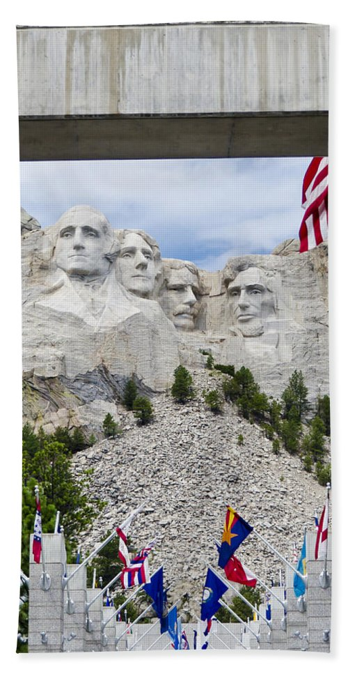 Mount Rushmore Beach Towel featuring the photograph Mt Rushmore Entrance by Jon Berghoff