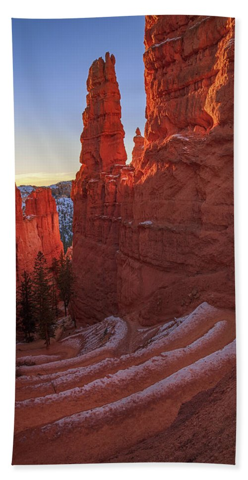 Arches Beach Towel featuring the photograph Navajo Loop by Edgars Erglis