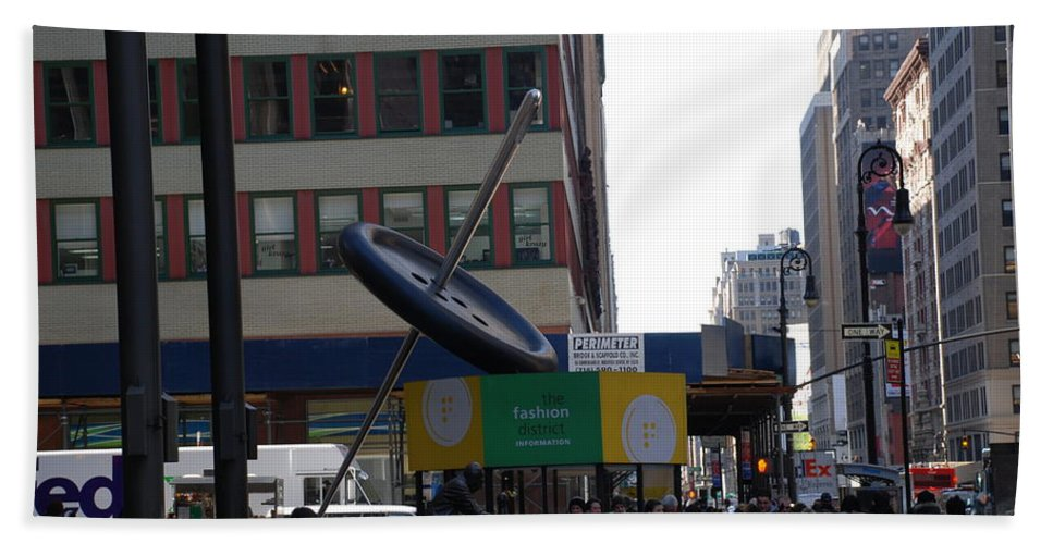 City Scape Beach Towel featuring the photograph Needle Button by Rob Hans