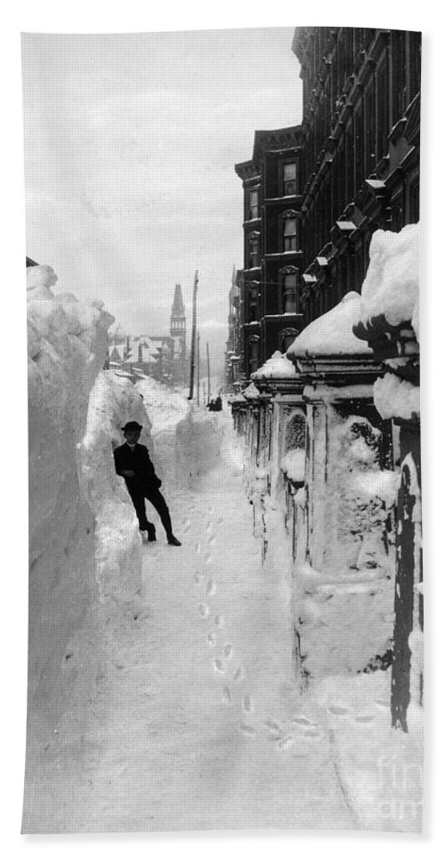 1888 Beach Towel featuring the photograph New York: Blizzard Of 1888 by Granger