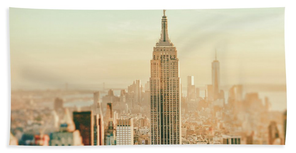 Nyc Beach Towel featuring the photograph New York City - Skyline Dream by Vivienne Gucwa