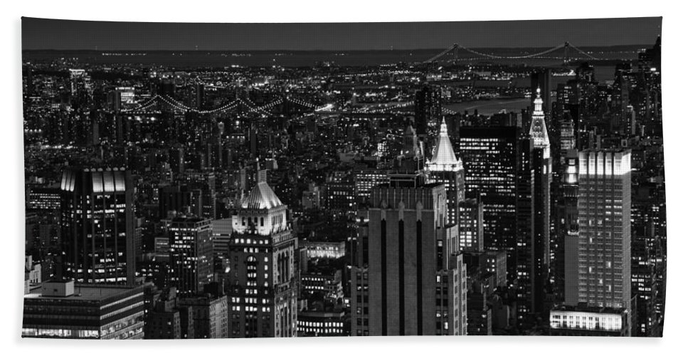 Manhattan Beach Towel featuring the photograph Night In Manhattan by Patricia Montgomery