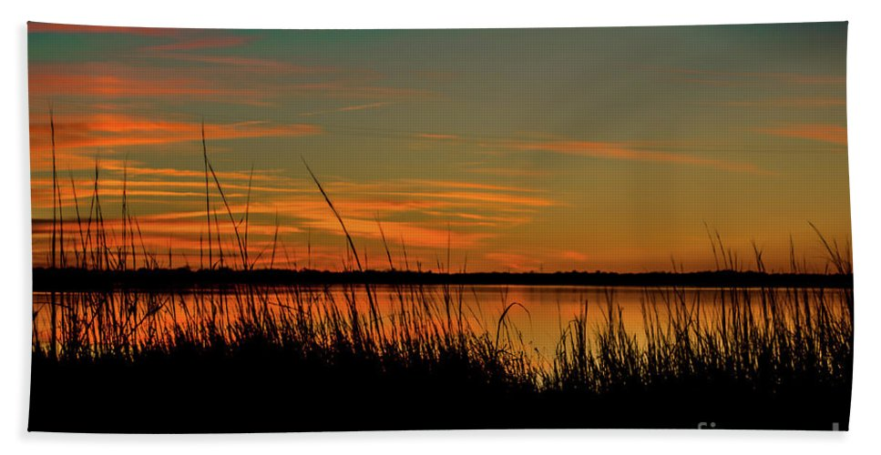 North Bridge Beach Towel featuring the photograph North Bridge Park Sunset by Yvette Wilson