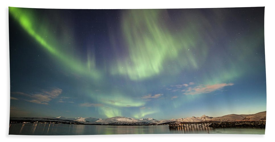 Northern Lights Beach Towel featuring the photograph Northern Light Xiv by Sebastian Worm