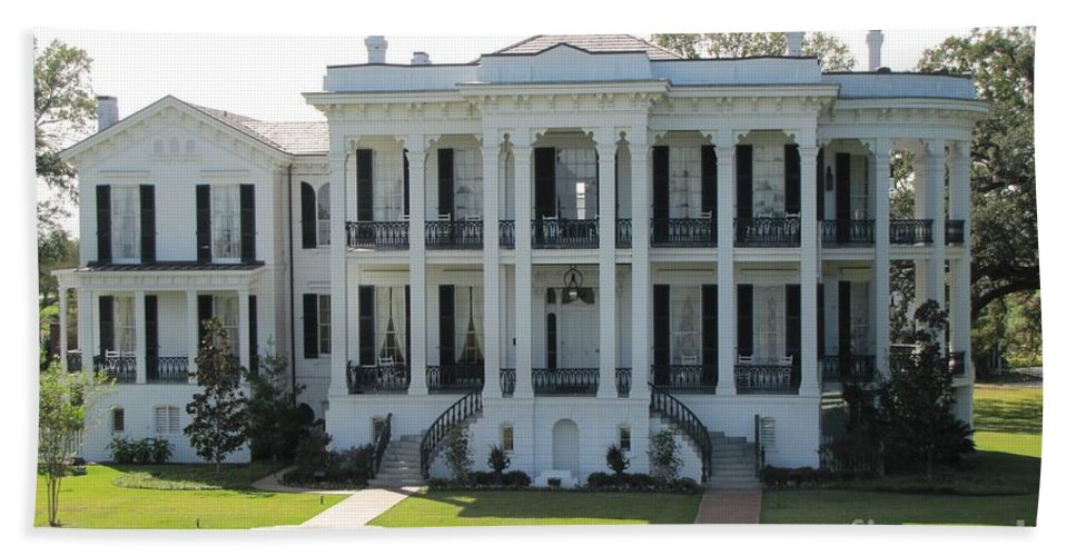 Plantation Homes Beach Towel featuring the photograph Nottoway Plantation by Michelle Powell