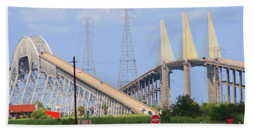 Rainbow Bridge Beach Towel featuring the photograph Old And New by John W Smith III