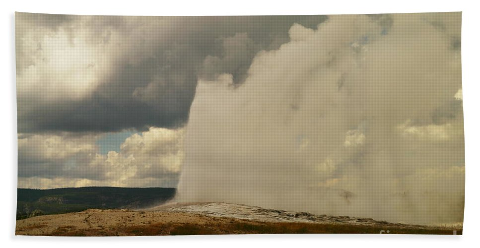 Geysers Beach Towel featuring the photograph Old Faithful by Jeff Swan