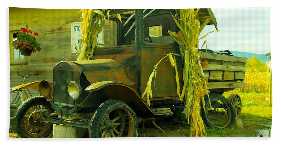 Antigues Beach Towel featuring the photograph Old Model T by Jeff Swan