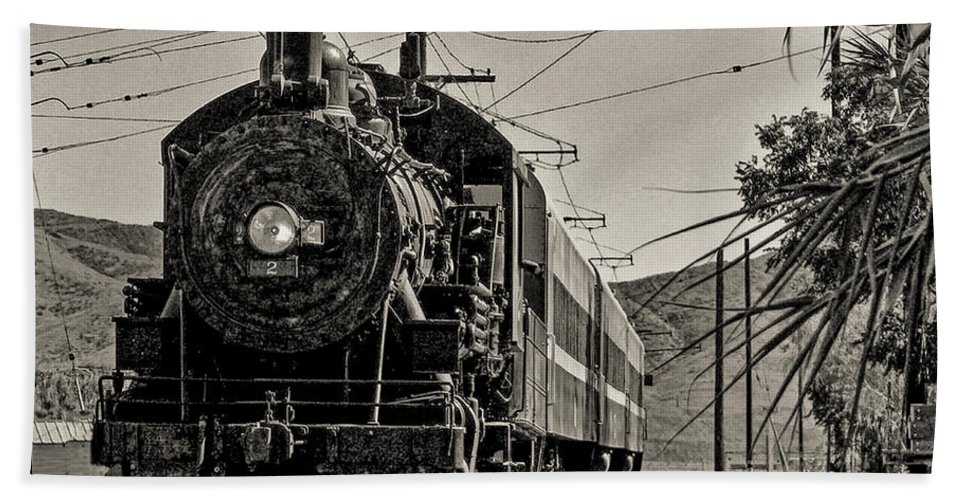 Locomotive Beach Towel featuring the photograph Old Number 2 by Tommy Anderson
