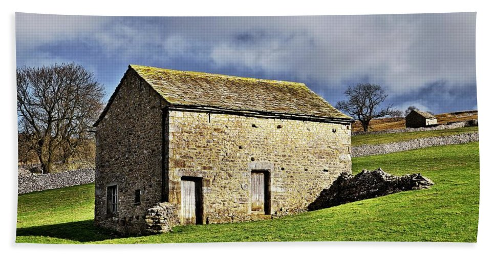 Stone Barns Beach Towel featuring the photograph Old Stone Barns by Martyn Arnold