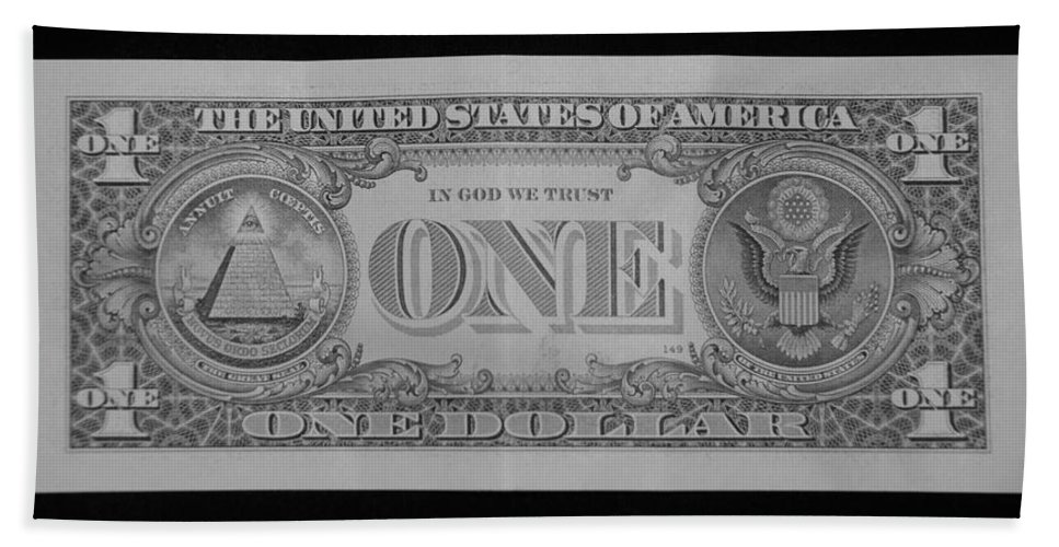 One Beach Towel featuring the photograph One Back by Rob Hans