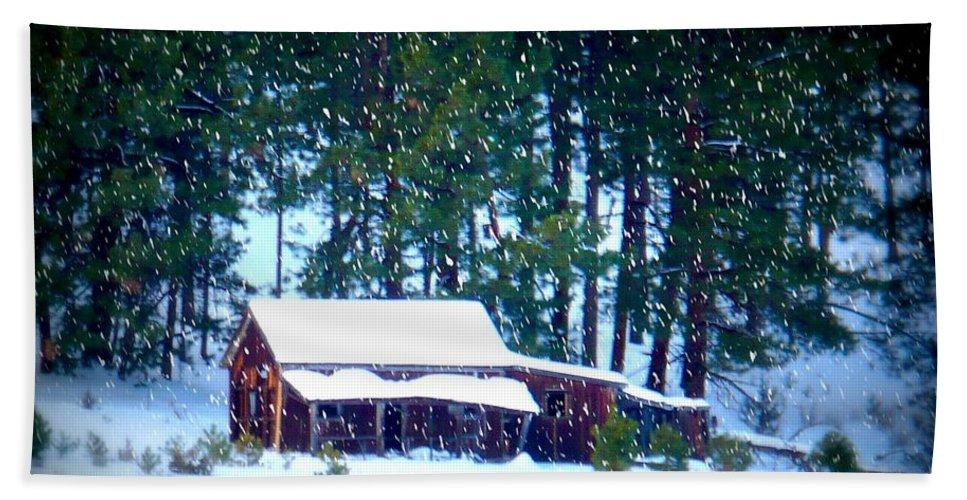Christmas Card Beach Towel featuring the photograph Oregon Homestead - Winter Landscape by Carol Groenen