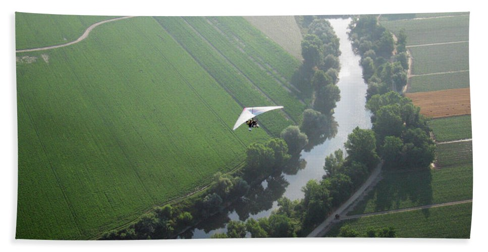 Balloons Beach Towel featuring the photograph Over The River by Ilaria Andreucci