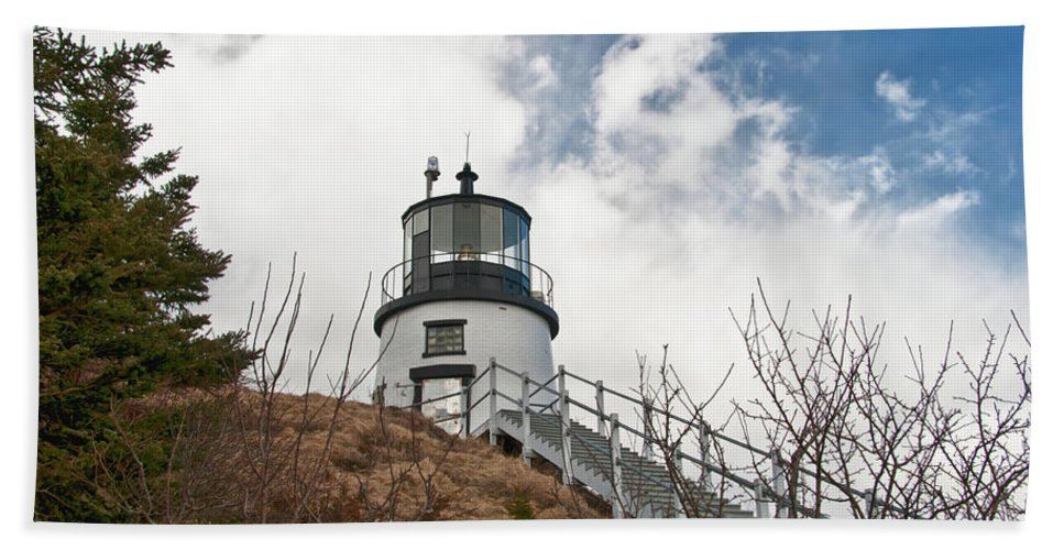 Buildings Beach Towel featuring the photograph Owl's Head Lighthouse 4761 by Guy Whiteley