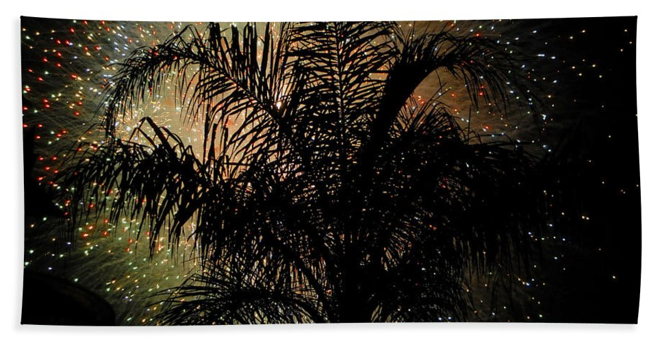 Fireworks Beach Towel featuring the photograph Palm Tree Fireworks by David Lee Thompson