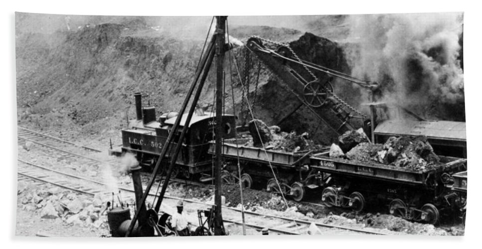 panama Canal Beach Towel featuring the photograph Panama Canal - Construction - C 1910 by International Images