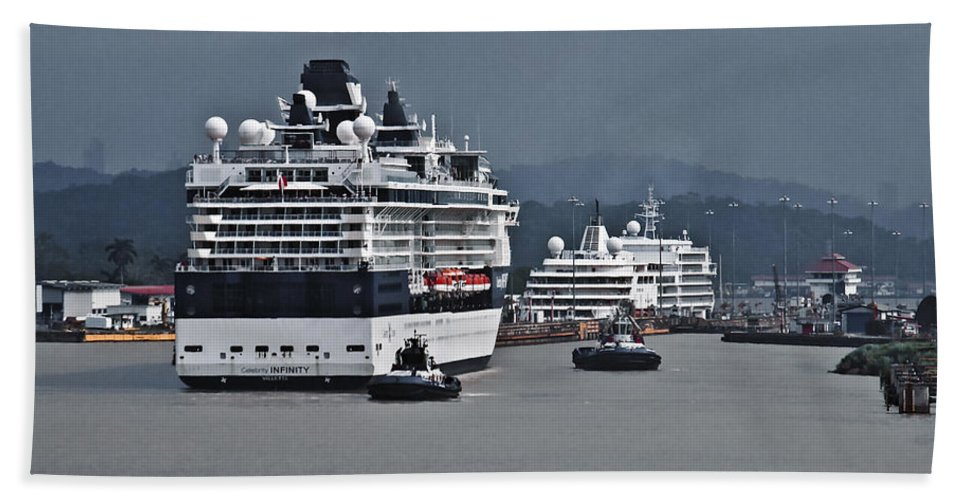 Boats Beach Towel featuring the photograph Panama075 by Howard Stapleton