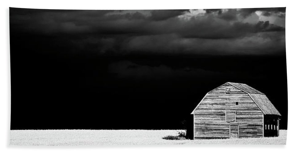 Beach Towel featuring the photograph Panoramic Prairie Storm And Barn by Mark Duffy