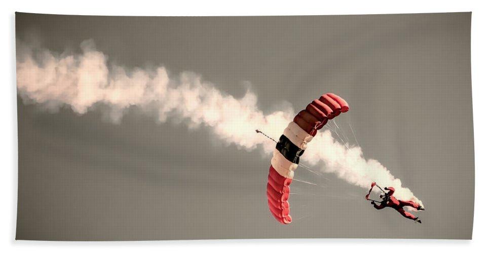 Parachute Beach Towel featuring the photograph Parachuting In by Martin Newman