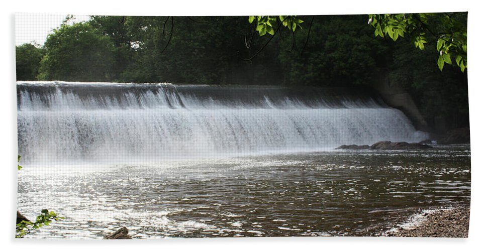 Maryland Beach Towel featuring the photograph Patapsco Valley State Park - Bloedes Dam by Ronald Reid