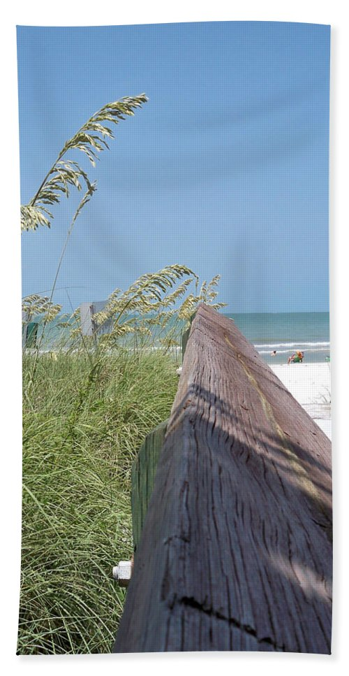 Florida Beach Towel featuring the photograph Path To Relaxation by Chris Andruskiewicz