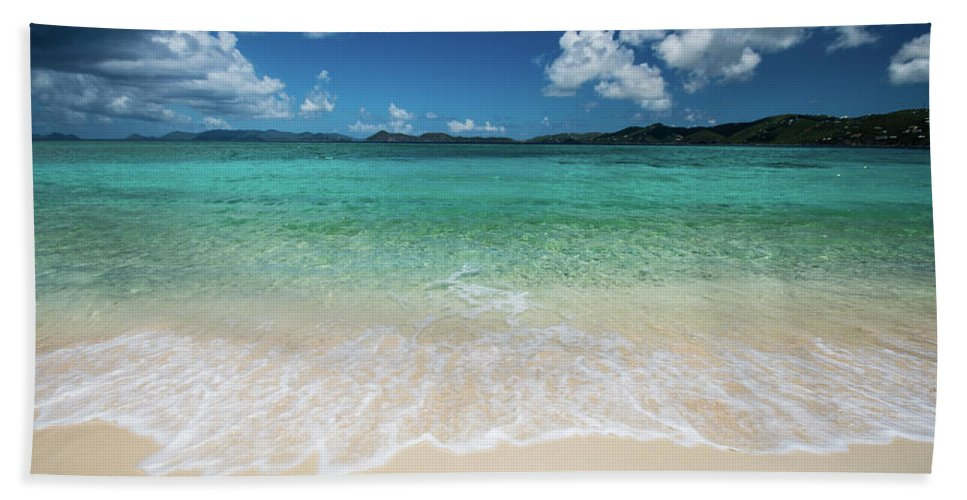 Landscape Beach Towel featuring the photograph Peaceful Waves by Rob Lantz