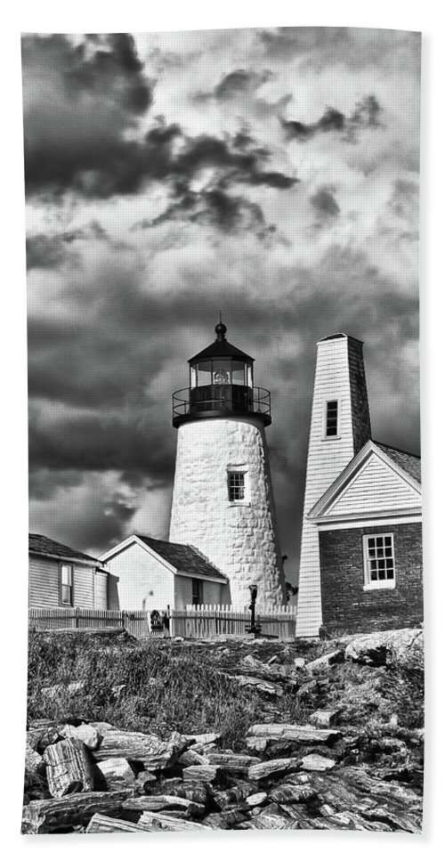 Buildings Beach Towel featuring the photograph Pemaquid Point 4821b by Guy Whiteley