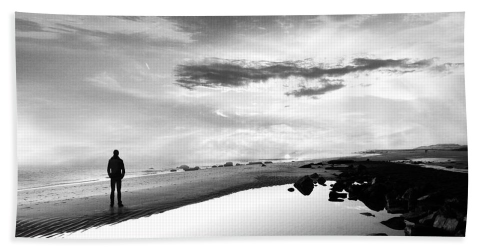 B&w Beach Sheet featuring the photograph Per Sempre by Jacky Gerritsen