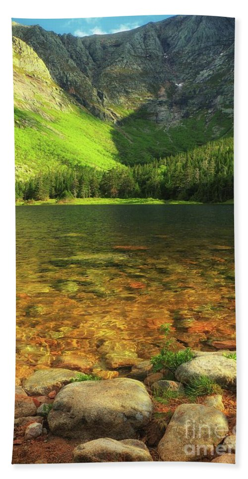 Chimney Pond Beach Towel featuring the photograph Perfect Day To Peak by Elizabeth Dow