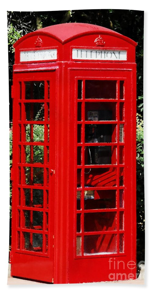 Phone Booth Beach Towel featuring the photograph Phone Booth by David Lee Thompson