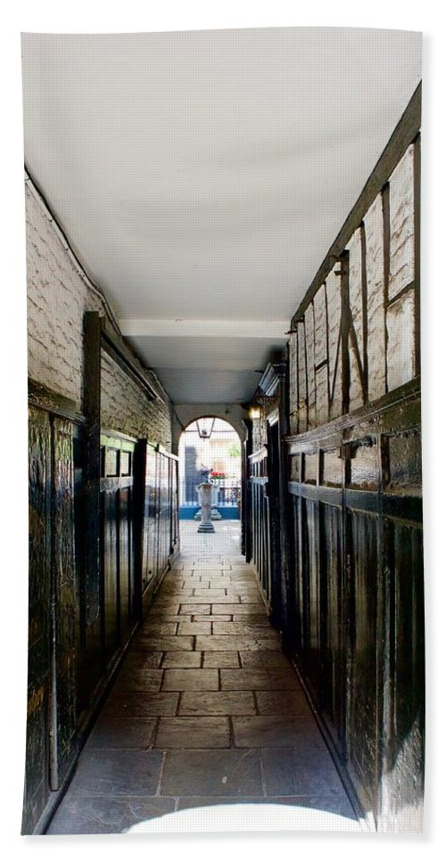 Arch Beach Towel featuring the photograph Pickering Place by Ronald Watkins