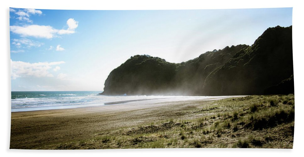 Beach Beach Towel featuring the photograph Piha, New Zealand by Dave White