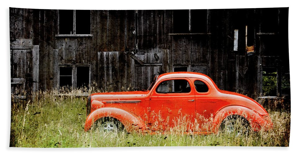 Hot Rod Beach Towel featuring the photograph Plymouth Hot Rod by Joel Witmeyer