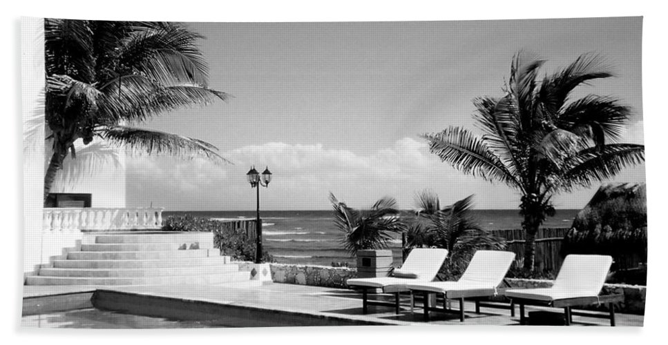 Swimming Pool Beach Towel featuring the photograph Poolside B-w by Anita Burgermeister