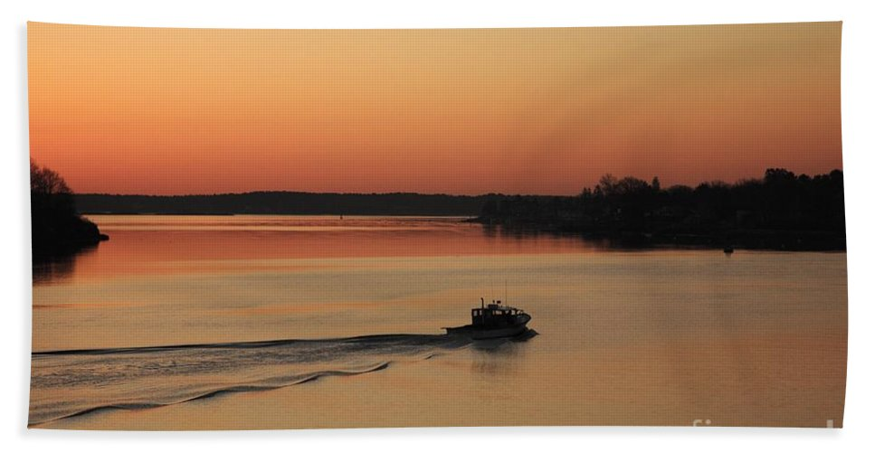Harbor Beach Towel featuring the photograph Portsmouth Harbor - Portsmouth New Hamphire Usa by Erin Paul Donovan