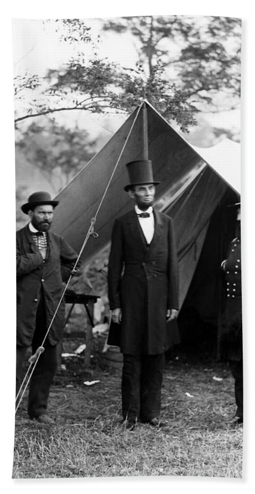 abraham Lincoln Beach Towel featuring the photograph President Lincoln Meets With Generals After Victory At Antietam by International Images