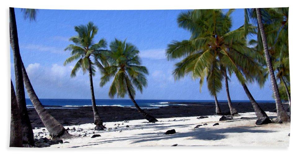 Hawaii Beach Towel featuring the photograph Pu Uhonua O Honaunau by Kurt Van Wagner