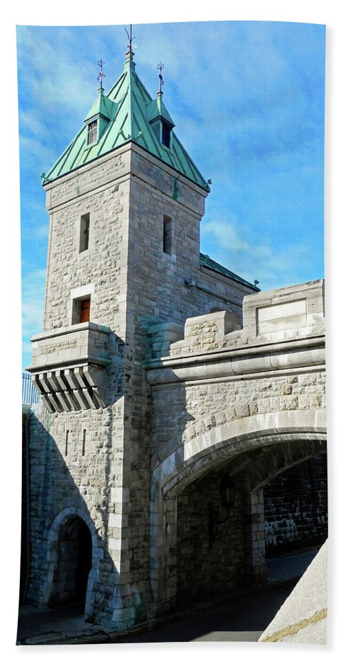 Quebec City Beach Towel featuring the photograph Quebec City 72 by Ron Kandt
