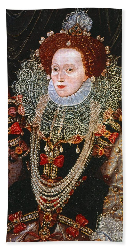 1588 Beach Towel featuring the photograph Queen Elizabeth I, C1588 by Granger