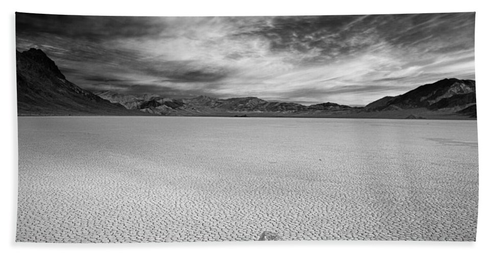 Race Track Valley Beach Towel featuring the photograph Race Track Valley by Leland D Howard