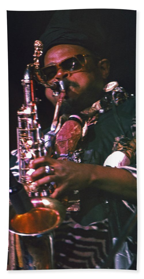 Rahsaan Roland Kirk Beach Towel featuring the photograph Rahsaan Roland Kirk 4 by Lee Santa