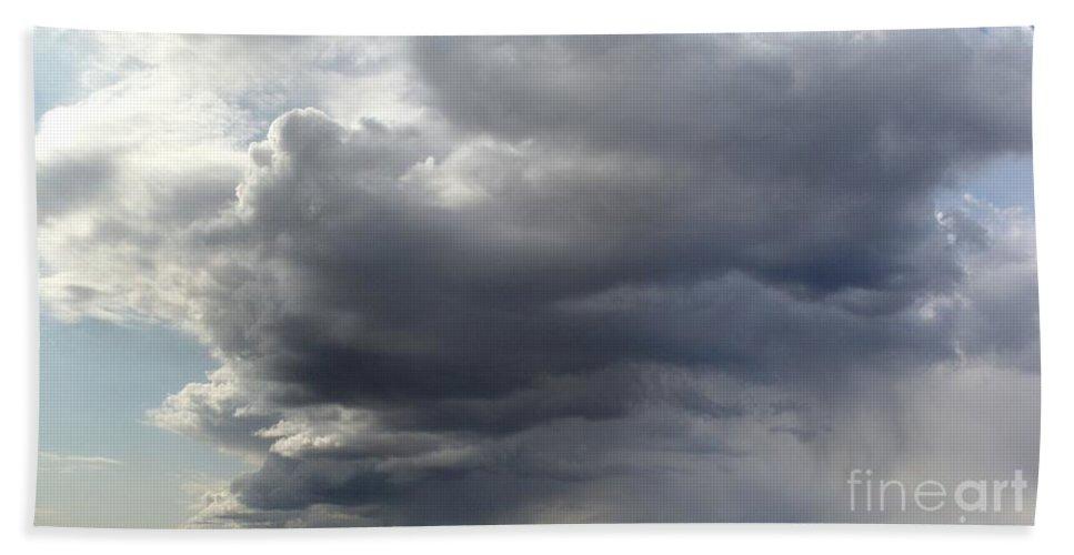 Clouds Beach Sheet featuring the photograph Rain Cloud Near Miss by Ron Bissett