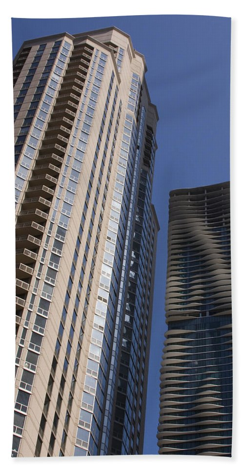 Chicago Wind Windy City Building Sky Skyscraper Blue Tall High Big Large Urban Metro Beach Towel featuring the photograph Reaching High by Andrei Shliakhau