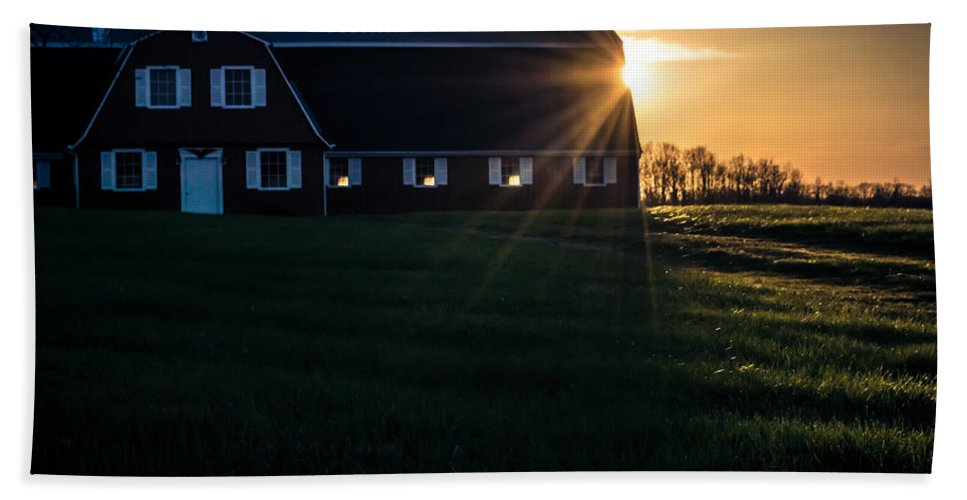 R3d Photography Beach Towel featuring the photograph Red Barn At Sunset by Ray Sheley