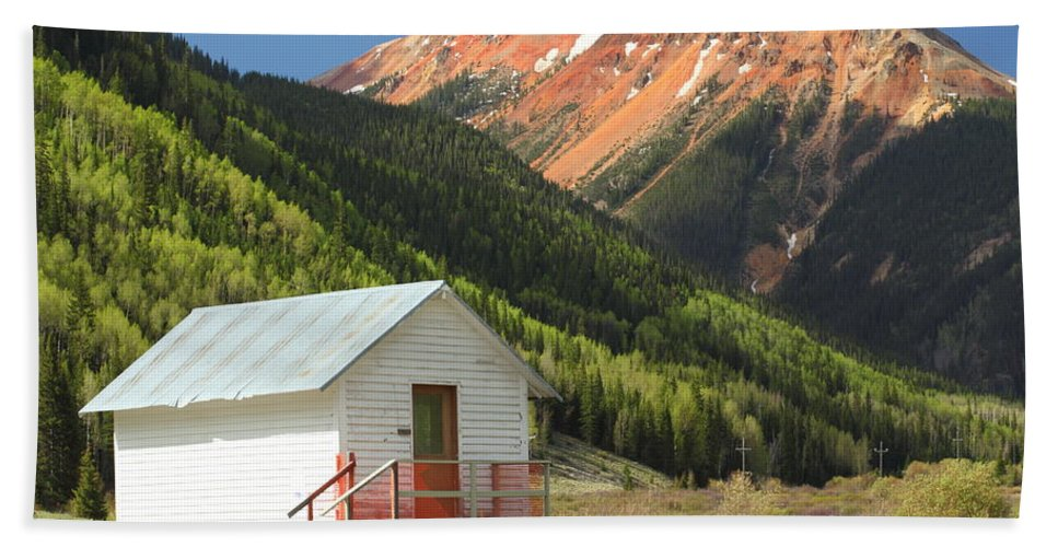 Colorado Beach Towel featuring the photograph Red Mountain by Eric Glaser